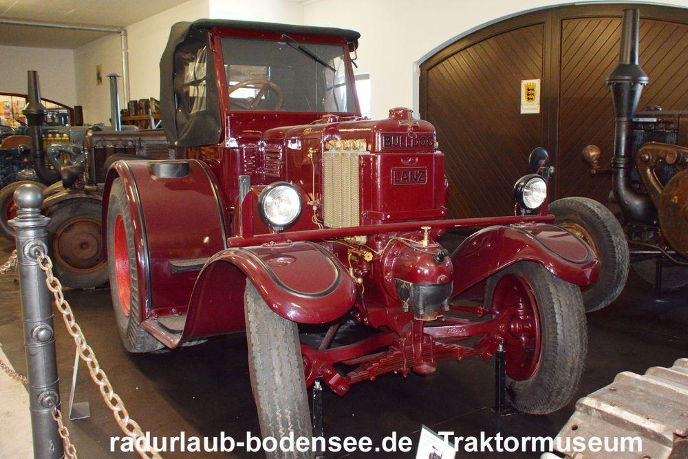 Cycling Lake Constance - Tractor museum Gebhardsweiler